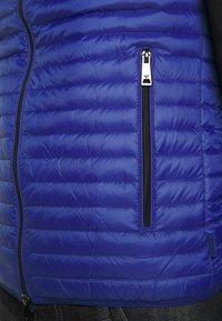 Emporio Armani - WAISTCOAT - Vesta - light blue - 5