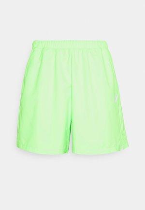 COURT SHORT - Sports shorts - green gecko