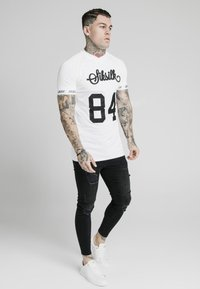 SIKSILK - SPORTS TEE - Print T-shirt - white - 1