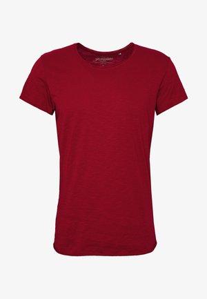 JJEBAS TEE - Basic T-shirt - rio red