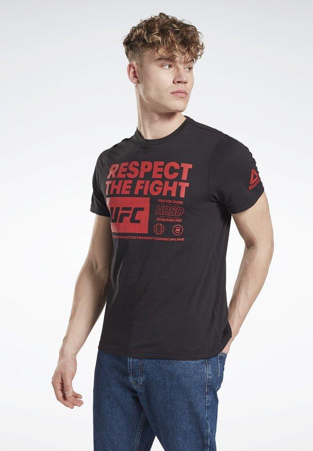 UFC FAN GEAR TEXT T-SHIRT - T-shirt z nadrukiem - black