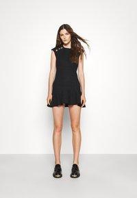 sandro - Day dress - noir - 1