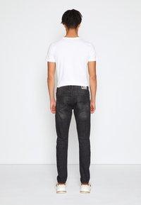 TOM TAILOR DENIM - SLIM PIERS - Jeans slim fit - dark stone black denim - 2