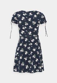Hollister Co. - DRESS - Vestito di maglina - navy floral - 7