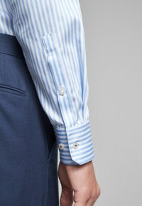 JOOP! - SLIM FIT - Shirt - light blue - 4