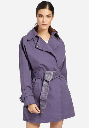 LUCILLE - Trenchcoat - lila