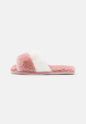 FRANKIE - Slippers - nude/cream