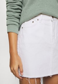 Dr.Denim Petite - MALLORY - Denim skirt - white - 3