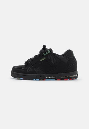 SABRE - Skate shoes - black