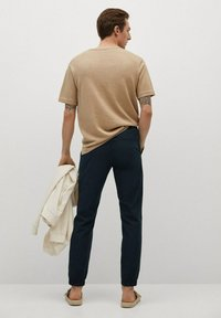 Mango - ROMA - Trousers - mørk marineblå - 2
