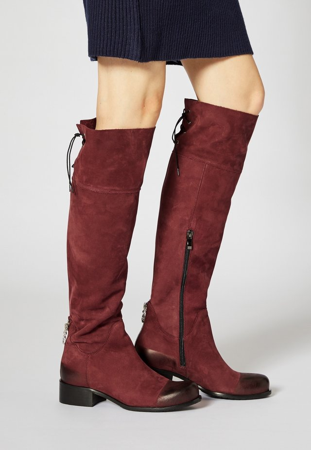 Boots - red