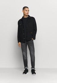 Lee - DAREN - Jeans straight leg - worn magnet - 1