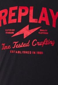 Replay - TEE - Print T-shirt - black - 5