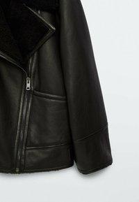 Massimo Dutti - Leather jacket - black - 5