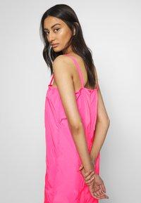 HOSBJERG - SABRINA DRESS - Denní šaty - pink - 3
