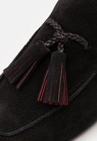 Jeffery West - MARTINI NEW TASSLE - Scarpe senza lacci - black - 5