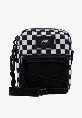 MN BAIL SHOULDER BAG - Axelremsväska - black/white