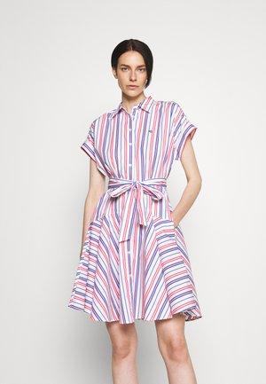 SHENDAL CASUAL DRESS - Skjortekjole - red/blue/white multi
