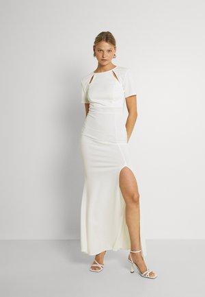 JAQUELINE CUT OUT MAXI DRESS - Occasion wear - white