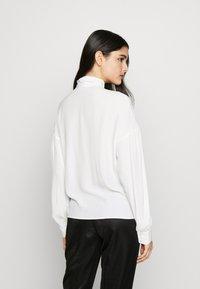 Pinko - IRISH BLUSA - Skjorte - white - 2