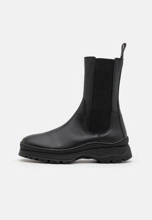 OAKLEY  - Boots - black
