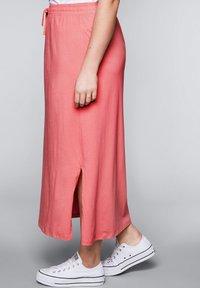Sheego - Maxi skirt - korallrot - 3
