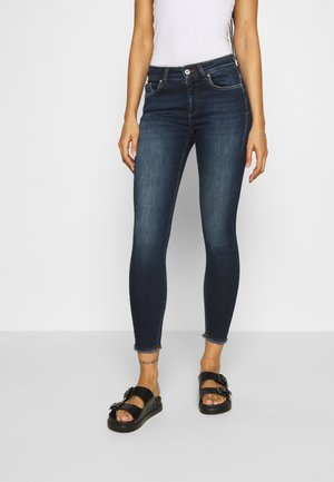 ONLBLUSH LIFE  - Vaqueros pitillo - dark blue denim