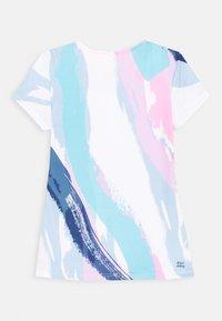 BIDI BADU - HEDE TECH ROUNDNECK TEE - Print T-shirt - white/aqua - 1