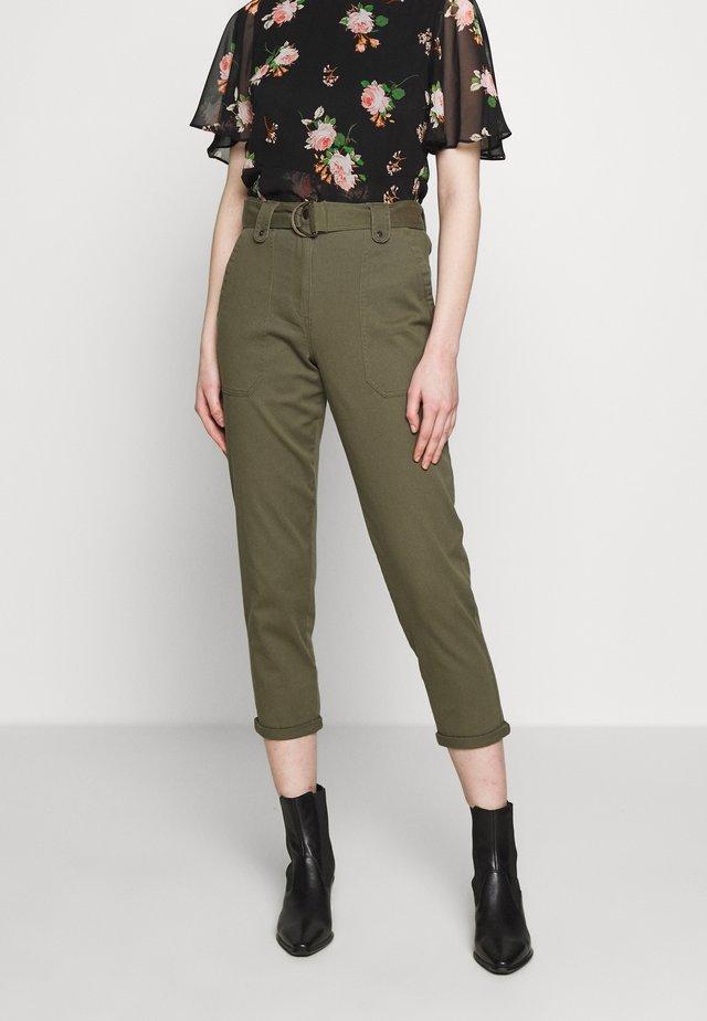 DRING UTILITY TROUSER - Trousers - khaki
