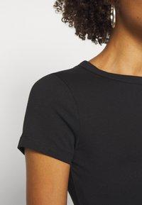 Anna Field - 2 PACK - Basic T-shirt - black/black - 4