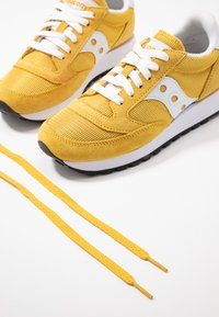 Saucony - JAZZ VINTAGE - Trainers - yellow/white - 7