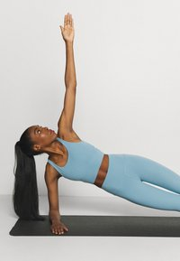 Nike Performance - THE YOGA LUXE CROP TANK - Top - cerulean/light armory blue - 3