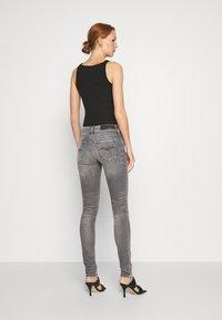 Replay - NEW LUZ - Jeans Skinny Fit - medium grey - 2
