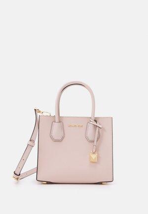 MERCER MESSENGER - Håndtasker - soft pink