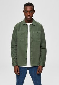 Selected Homme - JACKE BIO-BAUMWOLL HEMD - Summer jacket - beetle - 0