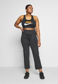 Nike Performance - CLASSIC GYM PANT PLUS - Joggebukse - black - 1