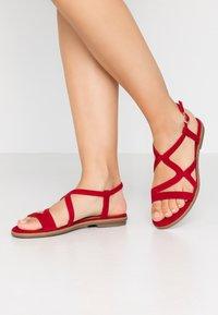 s.Oliver BLACK LABEL - Sandals - red - 0