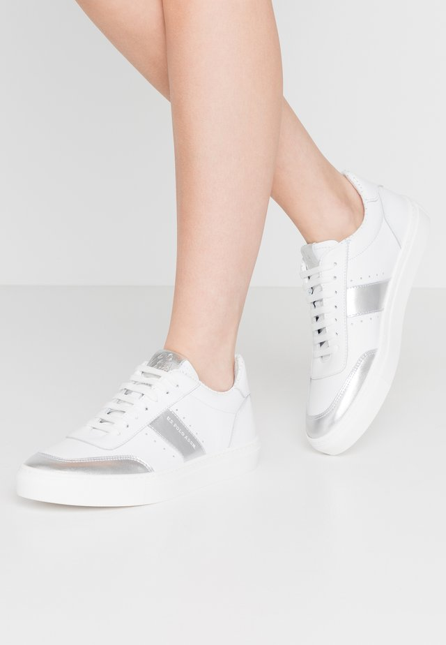 MERIDA - Sneakers laag - whithe/silver