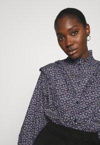 Résumé - CHELSEA BLOUSE - Button-down blouse - navy - 3