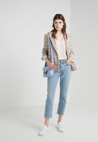 Agolde - RILEY HIGH RISE - Jeansy Relaxed Fit - zephyr - 1