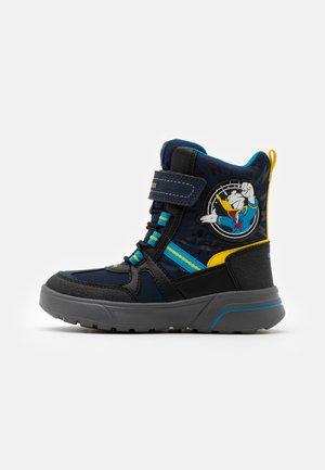DISNEY SVEGGEN BOY ABX - Winter boots - navy/yellow