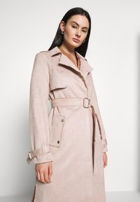 Dorothy Perkins - SUEDETTE DRING TRENCH COAT - Trench - blush - 4