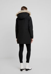 Calvin Klein Jeans - GERMANY SPECIAL PARKA - Down coat - black - 2