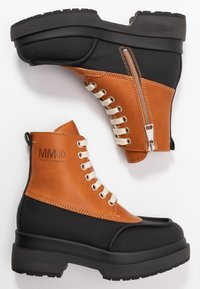 MM6 Maison Margiela - Platform ankle boots - bran/black - 3