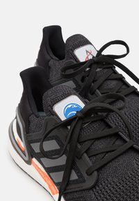 adidas Performance - ULTRABOOST 20 DNA  - Zapatillas de running neutras - core black/iron metallic/carbon - 5