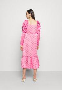 Cras - PILCRAS DRESS - Vapaa-ajan mekko - pink - 2