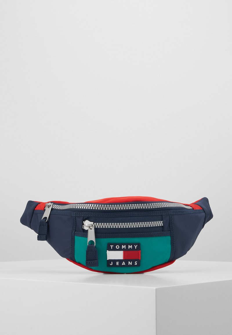 Tommy Jeans - HERITAGE BUMBAG - Bum bag - green