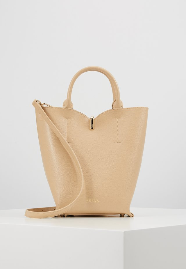 RIBBON BUCKET BAG - Bolso de mano - sand