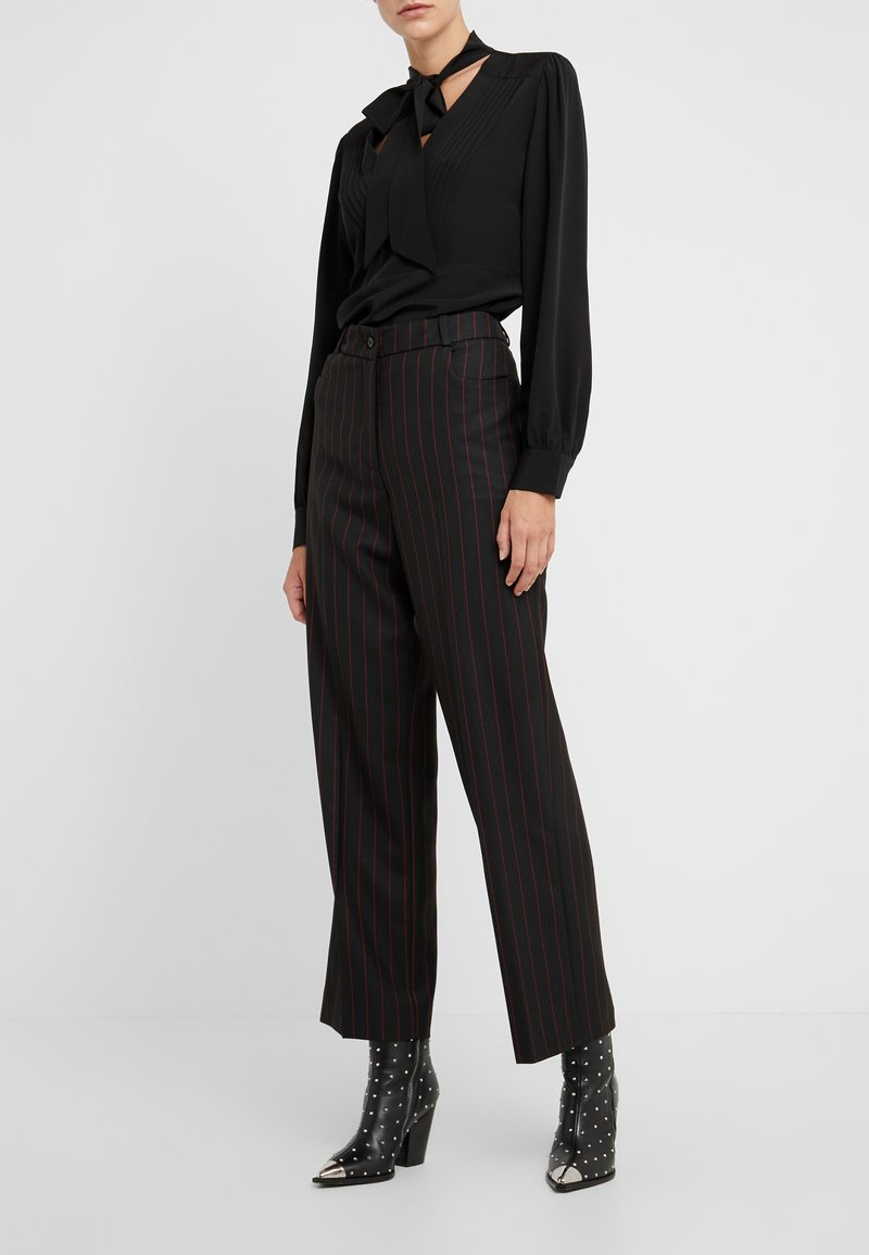 McQ Alexander McQueen - Trousers - black/red