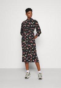 ONLY - ONLNOVA LUX 3/4 LONG DRESS - Košilové šaty - black - 0